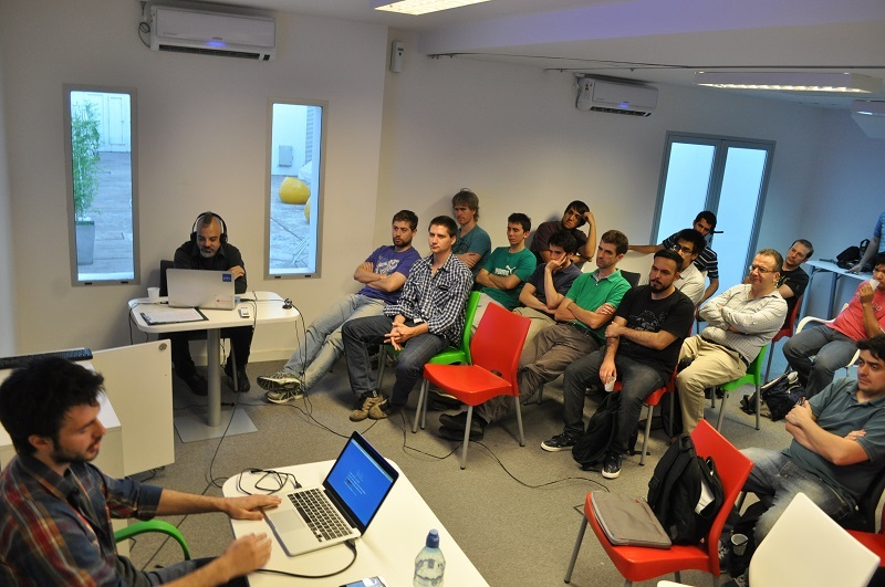 AngularJS community hosted in Buenos Aires