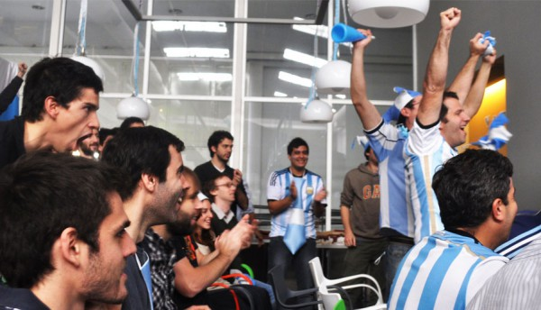 offshore software development company WorldCup-inspired donation campaign by Hexacta
