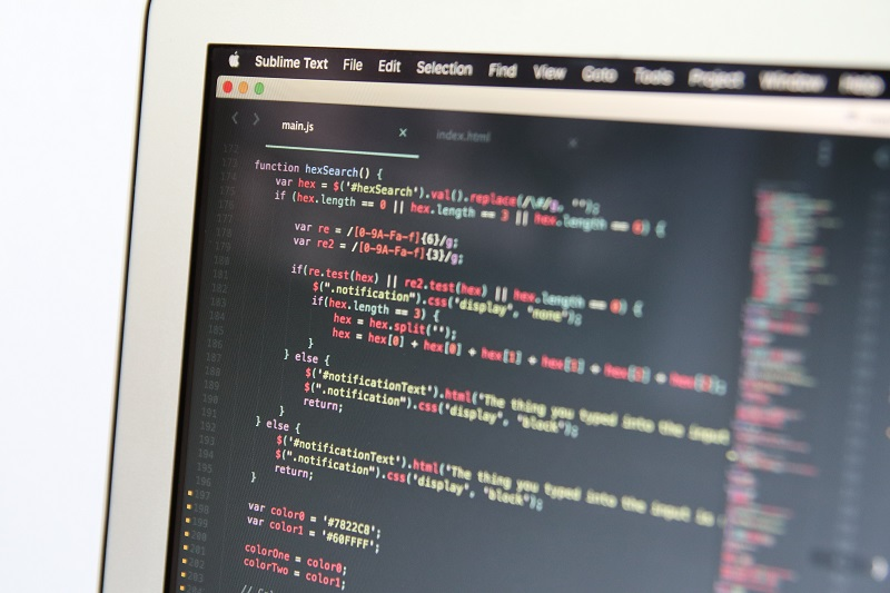8 benefits of working with an offshore software development center