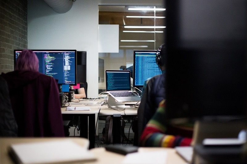 7 signs that tell you in-house software development is not working